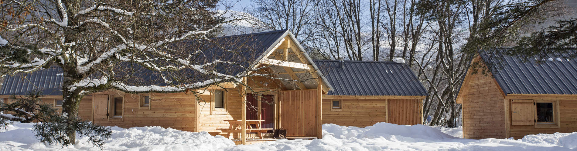 camping_huttopia_bourg_saint_maurice_chalets_bois